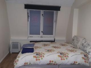 Comfy Room 4 In Chinatown - Newcastle upon Tyne vacation rentals