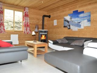 Chalets Lacuzon au pied des pistes: jacuzzi, sauna - Les Menuires vacation rentals