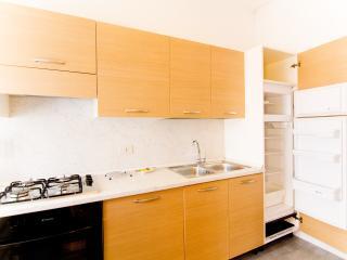 CasaMichela Appartamento da 6/8 pax, 150m dal mare - Caorle vacation rentals