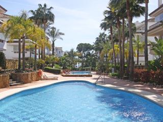 Exclusive Beachfront Apart.Golden Mile Marbella - Marbella vacation rentals