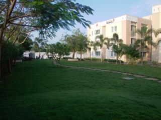 A VOX BEHAG @ Mahabalipuram 1BHK - Mahabalipuram vacation rentals