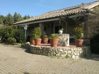 Nice Villa with A/C and Television - Caltanissetta vacation rentals