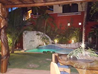 Perfect House with Deck and Internet Access - Puerto Morelos vacation rentals
