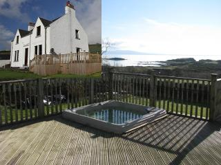 Ballochgair Farmhouse,Arran views,Hot Tub,dogs welcome - Campbeltown vacation rentals