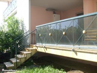 Affittasi appartamento mesi estivi a 150m dal mar - Villa Rosa di Martinsicuro vacation rentals