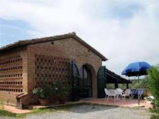 CASALE FIENILE - Palaia vacation rentals