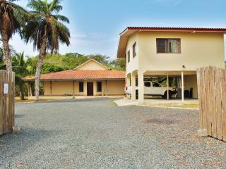 Custom 2 bedroom 2 bath on the river in Punta Mala - Pedasi vacation rentals