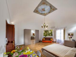 Casa Vacanze Garibaldi - Castellammare del Golfo vacation rentals