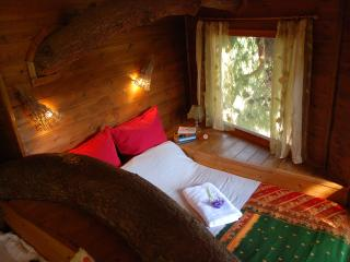 Treehouse set in absolute nature close to beachs - Amaliada vacation rentals