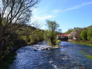 "'Čačvina Fortress View"" Trilj Apt - Trilj vacation rentals"