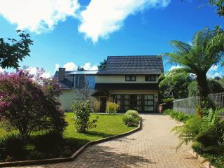 Casa no centro de Gramado, Praça das rosas - Gramado vacation rentals