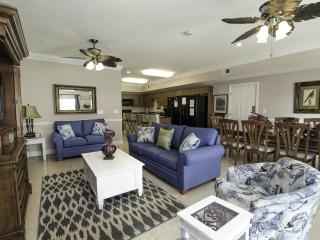 Large 6 Bedroom Ocean View | Game Room | Less than 1 mile to attractions - North Myrtle Beach vacation rentals
