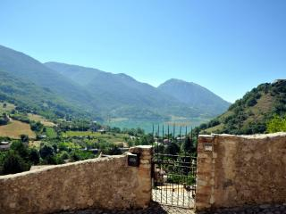 STONE HOUSE Lake&Mountain view - perfect to Relax! - Castel di Tora vacation rentals