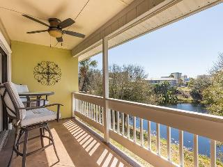 Great Location Across from the Beach Affordable  1 bedroom 1 bath Condo - Destin vacation rentals