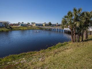 Great Location near the Beach! Affordable 2 bedroom 1 bath Condo - Destin vacation rentals