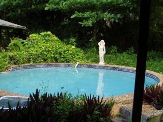 Quaint Coconut Grove Studio with Pool Minutes from UM! - Miami vacation rentals