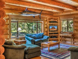Cozy House with Deck and Internet Access - Plain vacation rentals
