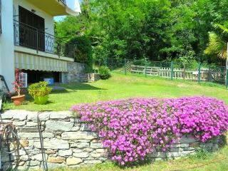 Perfect Condo with Balcony and Water Views - Arizzano vacation rentals