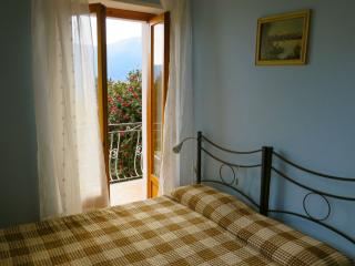 Lovely 1 bedroom Condo in Pallanza with Internet Access - Pallanza vacation rentals