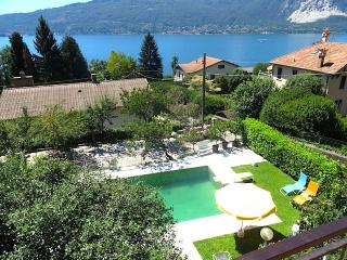 Lovely 1 bedroom Condo in Pallanza with Shared Outdoor Pool - Pallanza vacation rentals
