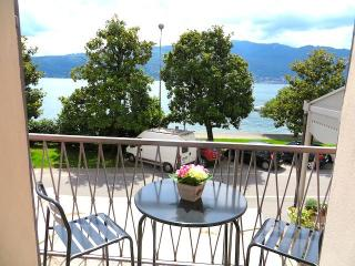 Bright 2 bedroom Condo in Pallanza with Balcony - Pallanza vacation rentals