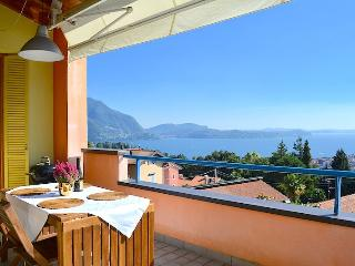 3 bedroom Condo with Internet Access in Province of Verbano-Cusio-Ossola - Province of Verbano-Cusio-Ossola vacation rentals