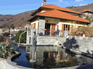 Bright Villa with Internet Access and Shared Outdoor Pool - Trarego Viggiona vacation rentals