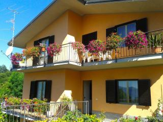 Nice Condo with Balcony and Water Views - Arizzano vacation rentals