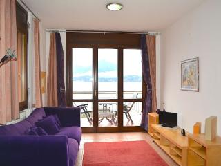 Nice Condo with Shared Outdoor Pool and Balcony - Stresa vacation rentals