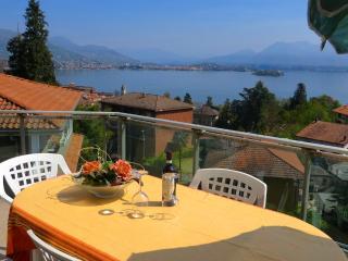 Sunny 3 bedroom Condo in Baveno - Baveno vacation rentals