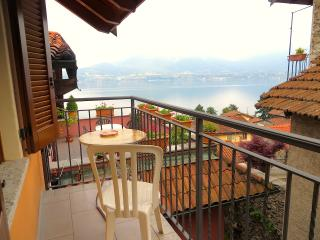 Nice Oggebbio Apartment rental with Internet Access - Oggebbio vacation rentals