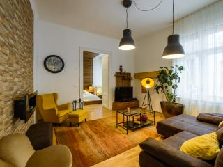 Amber Pearl Apartment - Budapest vacation rentals