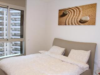 Stunning Condo w/ Sea Views, Lagoon - Netanya TL01 - Netanya vacation rentals