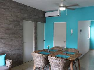 Apartment with Pool, Cable and WIFI BERMELLA 2 - Playa del Carmen vacation rentals