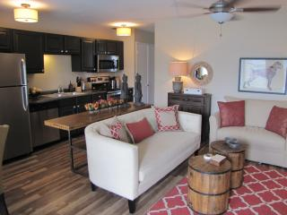 SEVEN WILTON FLATS - 1BED/1BATH with shared pool - Fort Lauderdale vacation rentals