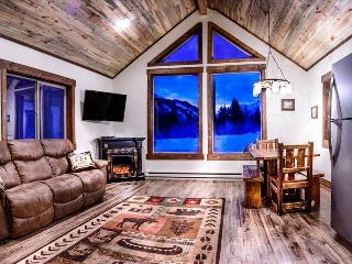 ***Elegant Mountain Cabin Getaway on Secluded Fishing Stream*** - Big Timber vacation rentals