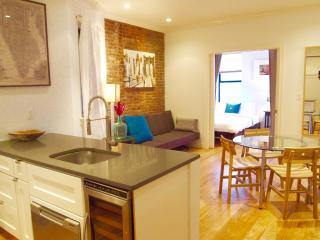 Amazing Soho location- 3 Bedroom/2 Bathroom apt. on lovely tree-lined street! - New York City vacation rentals