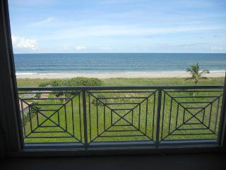 Ocean Village JJ Ocean house I  3040 - Ocean View - Fort Pierce vacation rentals