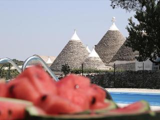 Lamia Suite Reginetta, Classic Collection, self catering with shared pool in Puglia | Raro Villas - Casalini di Cisternino vacation rentals