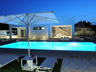 La Cintura di Orione, Finest Collection, villa with sea view pool in Puglia | Raro Villas - Ostuni vacation rentals