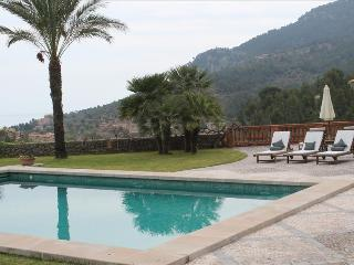 La Pipa - Beautiful country house for six persons - Deia vacation rentals