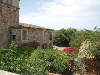 Nice 4 bedroom Porreres Villa with Internet Access - Porreres vacation rentals