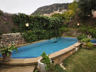 Sunny 6 bedroom Cottage in Valldemossa - Valldemossa vacation rentals