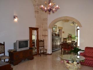 Villa A Pochi Kilometri Dal Mare - San Pancrazio Salentino vacation rentals