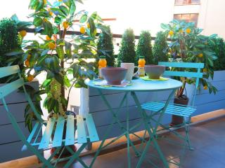 Ashley&Parker -  FRESCO PREMIUM - Cosy and fully equiped flat with balcony - Nice vacation rentals
