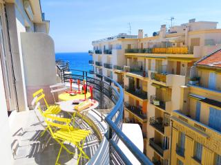 Ashley&Parker - LES AIGLES PREMIUM - Art Deco apartment with balcony - Nice vacation rentals