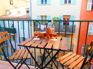 Ashley&Parker -FRANCOIS VIEUX NICE- Old town NEW apartment - Nice vacation rentals