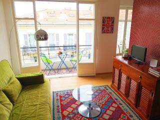 Ashley&Parker - LUGIA - Rue de la Buffa, apartment for 4 persons with balcony - Nice vacation rentals