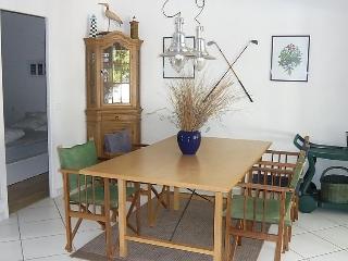 4 bedroom Villa in Lacanau, Gironde, France : ref 2372199 - Lacanau vacation rentals