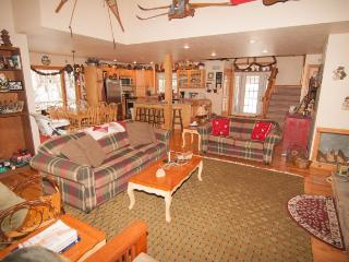 Spacious House with Internet Access and Satellite Or Cable TV - Canaan Valley vacation rentals